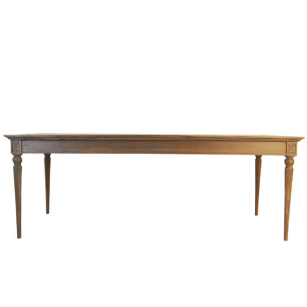 Mok Dining Table